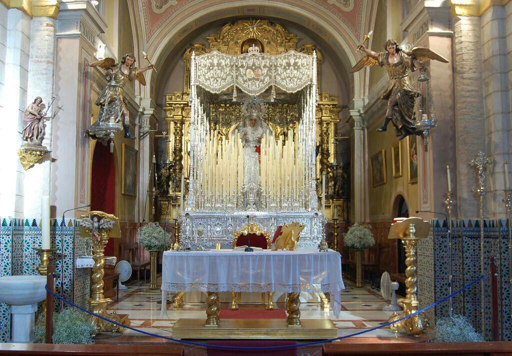 Paso Altar Virgen de la Paz